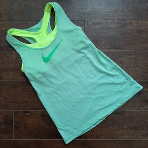 Nike Dri-Fit Tank Built in Bra Size Small